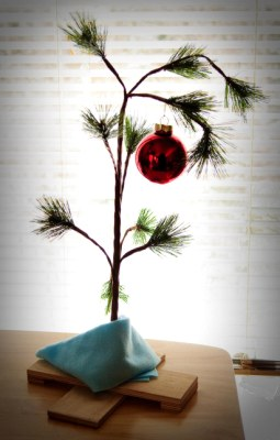how to make a scrawny christmas tree charlie_brown_tree_home charlie brown tree