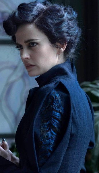 Details of Miss Peregrine's Blue Suit